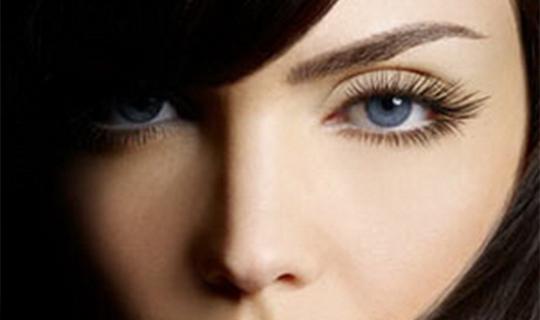 Плени своим взглядом: идеальные брови и ресницы для Вас!