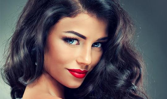 Волосы— визитная карточка любой девушки! Окрашивание и профессиональный уход за волосами от имидж-студии «Мари» со скидкой до 70%